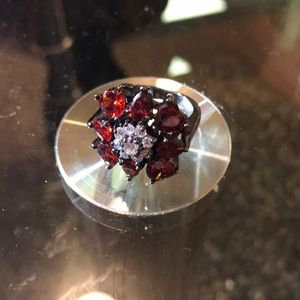 Beautiful Heart Garnet Zircon Ring